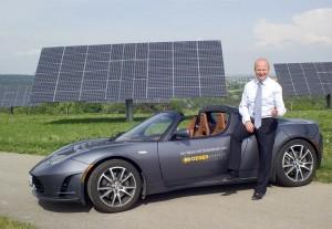 Der FDP-Europaabgeordnete Michael Theurer ist fasziniert von den Möglichkeiten der Elektromobilität. Bild: Andreas Ellinger